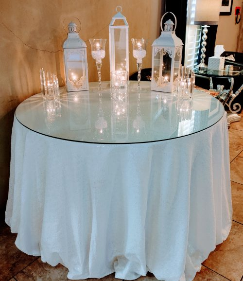 White lanterns mixed with clear theme